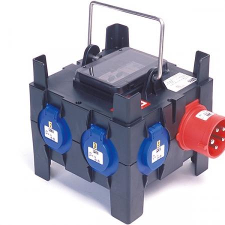 pce boitier 32a tri 6 x16a mono 6 dpn 16a 450x450 - Location de boitier électrique : PCE • BOITIER 32 A TRI = 6 X 16 A MONO + 6 DPN 16 A